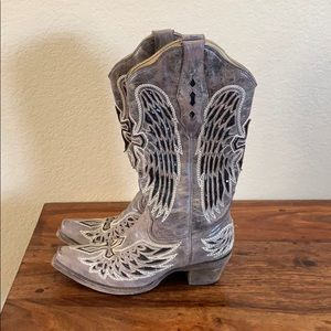 Corral Vintage cowgirl boots in a size 6 1/2
